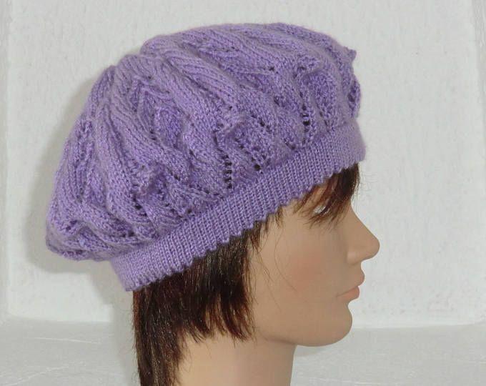 Bonnet Béret - Femme - En laine - Joli motif fantaisie ajouré - Tricoté à la main - Coloris Mauve Lilas