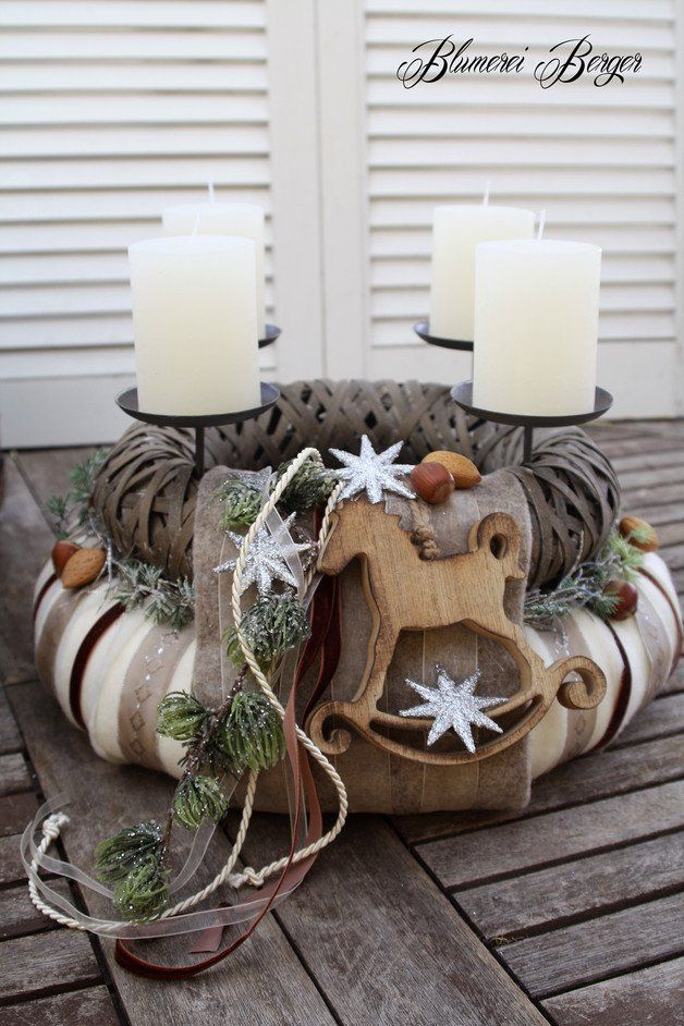 Weihnachtskranz mit Kerzen, rustikaler Adventskranz / christmas wreath with candles, christmas home decor made by Blumerei Berger via DaWanda.com