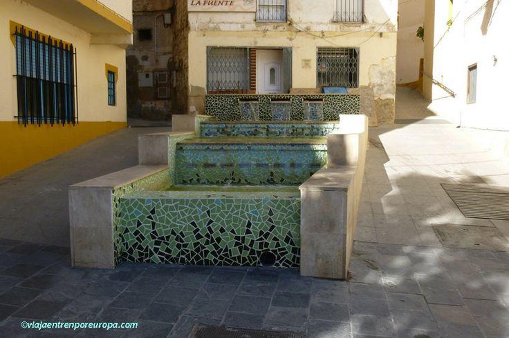 Fuente en el centro de Cortes de Pallás