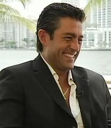 Fernando Colunga - Love su sonrisa: Sus Personaj