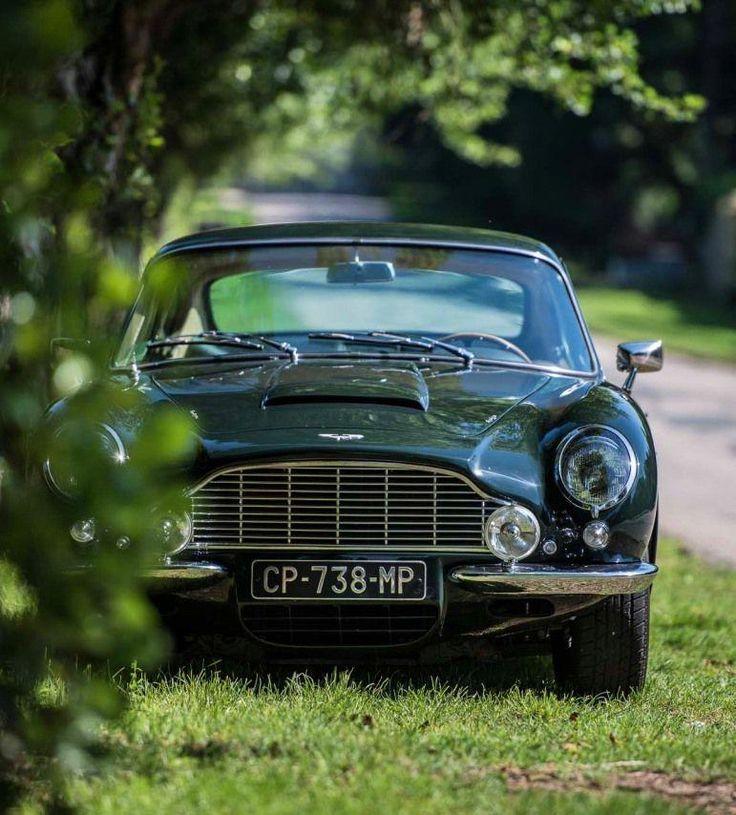 Aston Martin DB6 Designed For Speed 1965