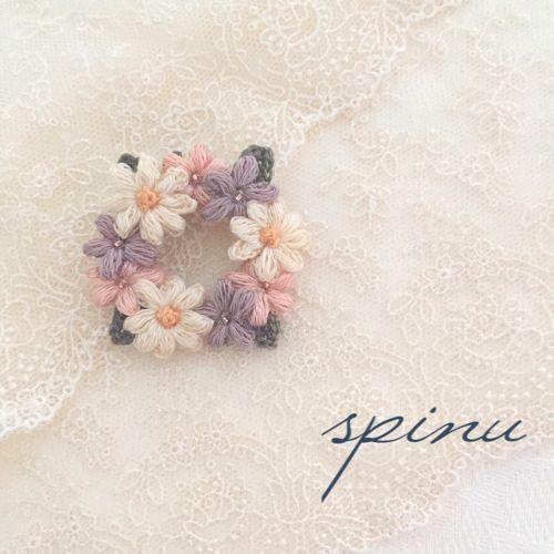 マーガレットと小花のブローチ PV