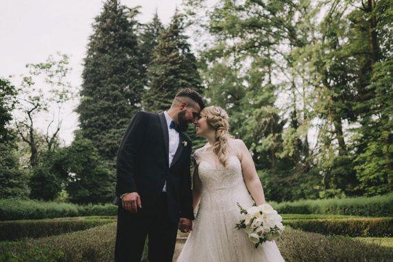 Papillon blu petrolio, inspirazioni per matrimonio primavera estate 2017. ScoccaPapillon su Etsy: www.scoccapapillon.etsy.com -  Photo: Matrimoni all'italiana - Wedding Photograpy (http://www.matrimoniallitaliana.com/matrimonio-in-abbazia/) #matrimoniallitaliana #wedding #groom #bowtie #scoccapapillon #etsy @etsy