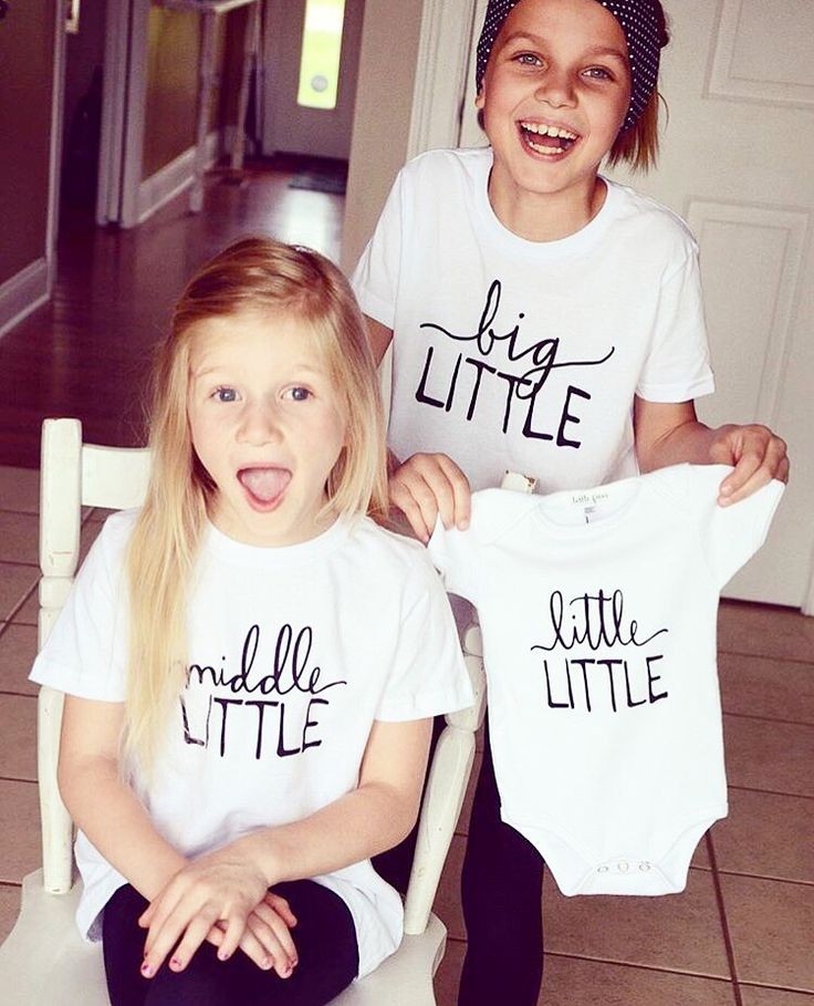 @lovelittlefaces / @littlefacesapparel - Pregnancy announcement, photo shoot ideas, family photoshoot, new baby gifts, baby shower gifts, sibling tees