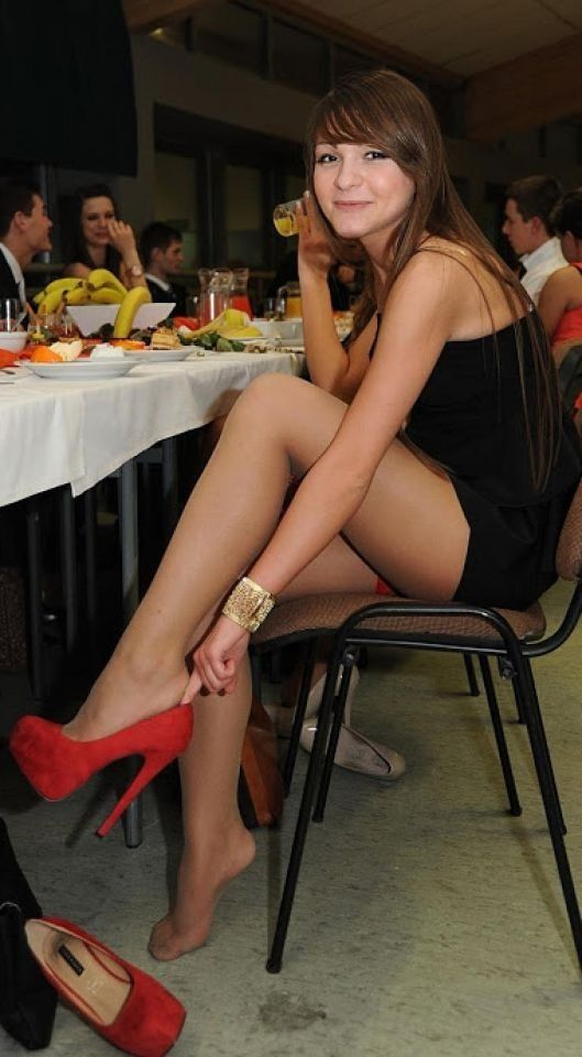 Gud Leg sex platform watching her hungry