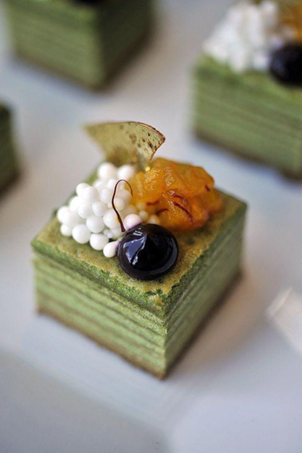 Look at this gorgeous european pastry using matcha Green Tea baumkuchen #plating #presentation