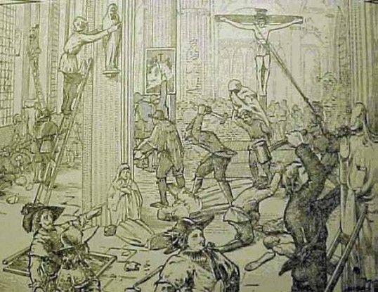 De beeldenstorm De protestanten waren het niet eens met de katholieke kerk en vonden dat ze veel te duren versieringen hadden. Er werden katholieke kerken geplunderd en veel versieringen werden verkocht door de armen.