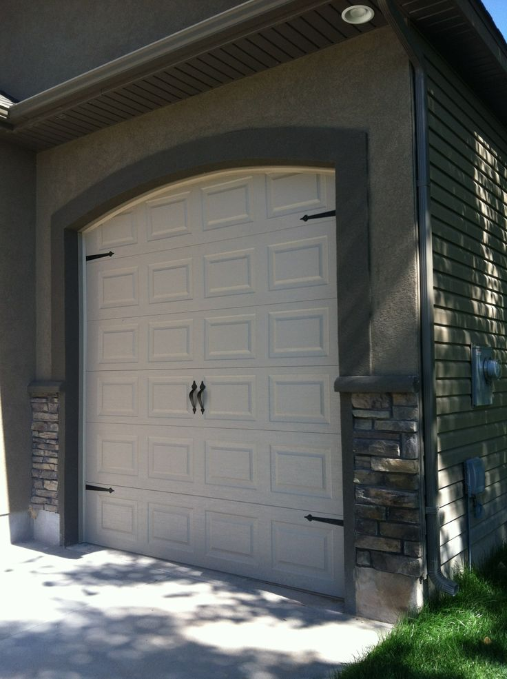 81 best images about ideas for the house on pinterest for Stucco garage
