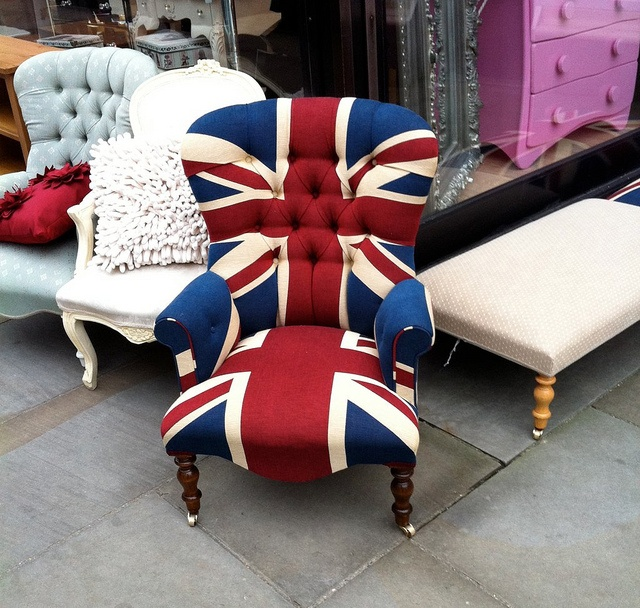 This would look so cute sitting in the corner of the room-to be. Just makes you wanna' snuggle up with a Kate Middleton biography!! LOL :P