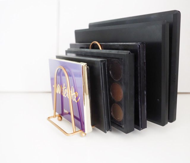 DIY: Eyeshadow and Make-Up Palette Storage - EMPOWERESSING