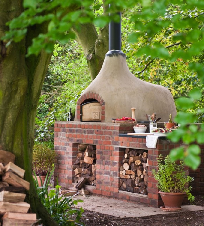 1000 ideas about stone pizza oven on pinterest pizza for Mud brick kit homes