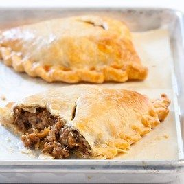 Google Image Result for http://recipetools.gotdns.com/mags/CC/31/Michigan%2520Pasties.jpg