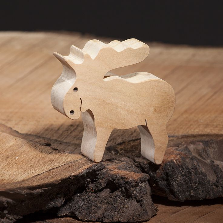 Wooden reindeer toy | Wooden animal figures | Diotoys.com