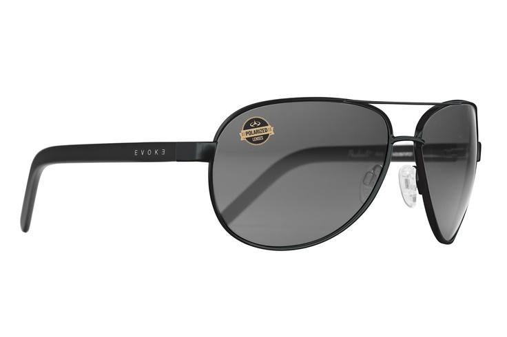 Poncherello Black Matte Polarized. Estilo clássico aviador com lentes polarizadas. Feito à mão na Itália. / Evoke Poncherello Black Matte Polarized. Classic aviator style with polarized lenses. Handmade in Italy. http://ow.ly/aVOur