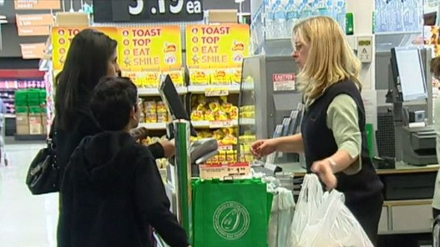 Big W Joins Plastic Bag Ban As Woolworths Backflips By Giving Customers Free Recyclable Bags 9news Com Au Recycle Bag Plastic Bag Free Bag