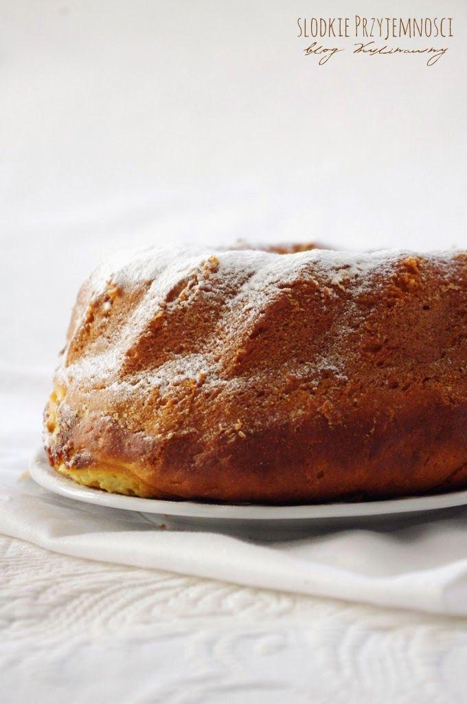 Wielkanocna baba drożdżowa z serem z bloga Słodkie Przyjemności