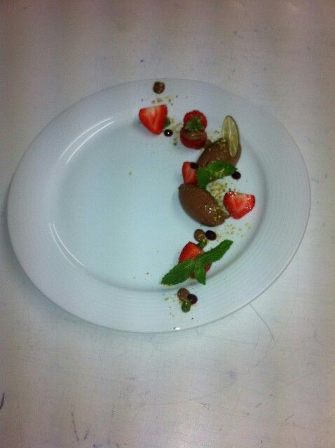 Chocolate mousse with marinated strawberries