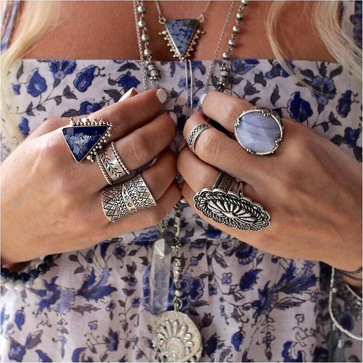 Vintage Turkish Beach Punk Zircon Ring Ethnic Carved Totem Antique Silver Plated Boho Finger Ring Knuckle Charm Anelli 1Pcs