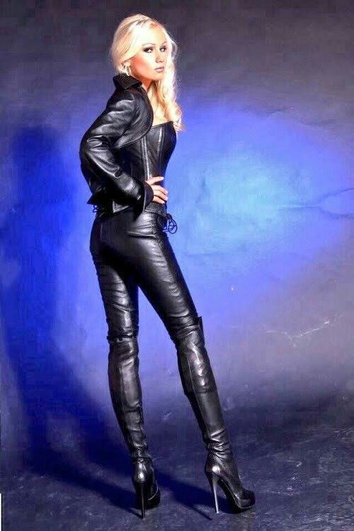 Wilfrid recommend best of trannies boots black in