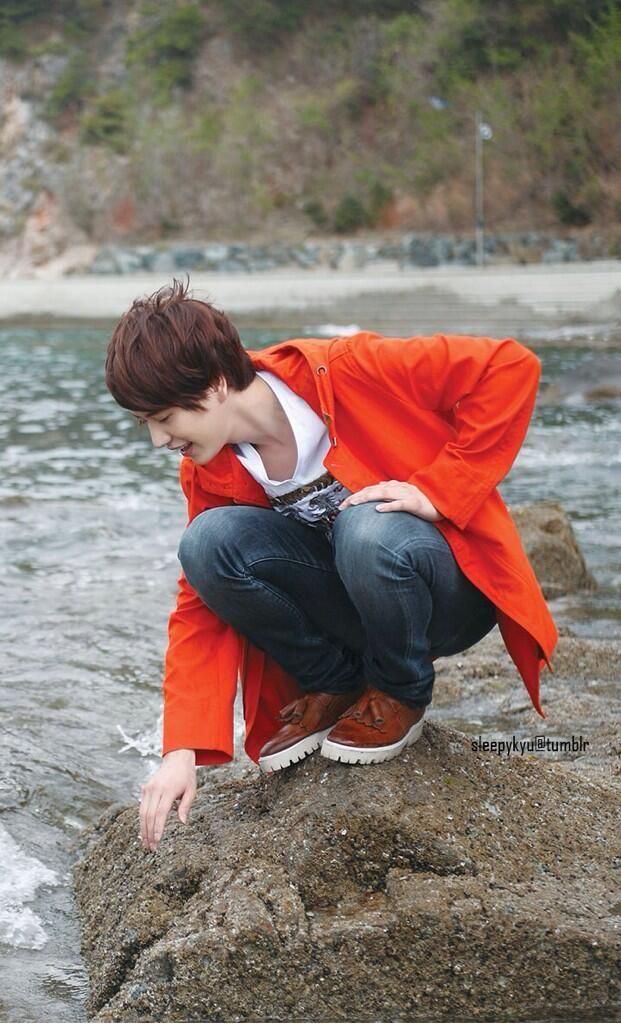 His smile make my world so wonderful... Good morning, Kyuhyun Oppa :-*