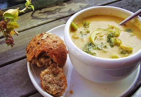 """Ready to eat something with a lighter feel after all that heavy eating, but still satisfying. Here is the """"broccoli and cheddar"""" soup that will give you that different taste you have been looking for. Order it on our website today: http://maldonta.wixsite.com/cucinaahverde"""