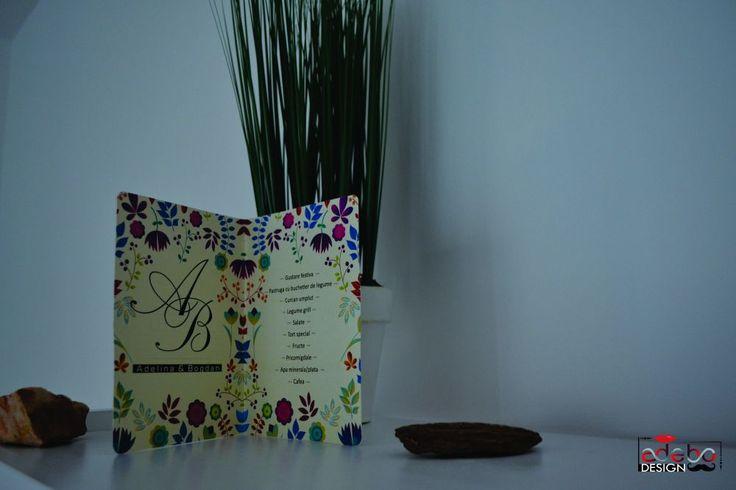 Daca sunteti pasionati de flori si anotimpul primavaratic, contactati-ne. Realizam meniuri de masa pentru nunta cat si numere de masa cu motive florale, elemente primavaratice, culori vii, astfel incat organizarea sa fie unul dintre elementele forte ale evenimentului dvs. iar noi punem mare accent pe asa ceva.