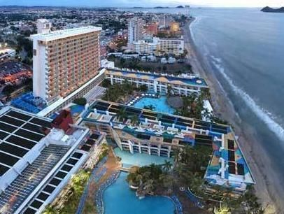 Mazatlan El Cid Castilla Beach Mexico, North America Set in a prime location of Mazatlan, El Cid Castilla Beach puts everything the city has to offer just outside your doorstep. The property features a wide range of facilities to make your stay a pleasant experience. To be found at the hotel are 24-hour front desk, facilities for disabled guests, luggage storage, valet parking, room service. Designed for comfort, selected guestrooms offer air conditioning, balcony/terrace, tel...