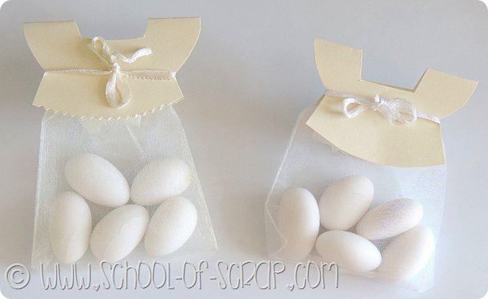 Un'idea, con tutorial, per realizzare delle bomboniere per battesimo in poco tempo e con pochissima spesa.  L'idea è geniale: sono dei semplic...