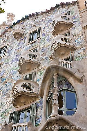 One of my favorite art nouveau architecture, I love how fluid the stone looks.
