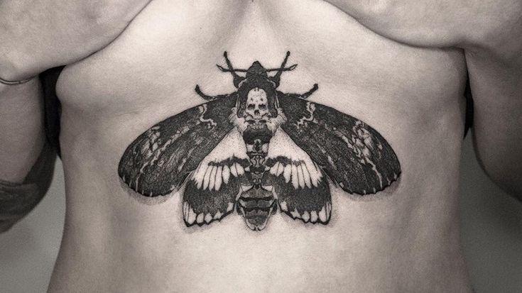 #tragic Kingdom Tattoo #tattoo mannheim #tragic Kingdom #tattoo mannheim #tattoostudio mannheim #tattoos #underboob #underboob tattoos #underboobs #underboob moth #mothtattoo #moth tattoo #moth tattoos #sternum #sternum tattoo #fineline #christian Weber #mannheim