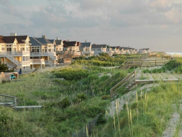 Millions flock to North Carolina for the palatial summer homes lining its shores. Check out the best of North Carolina's beaches.