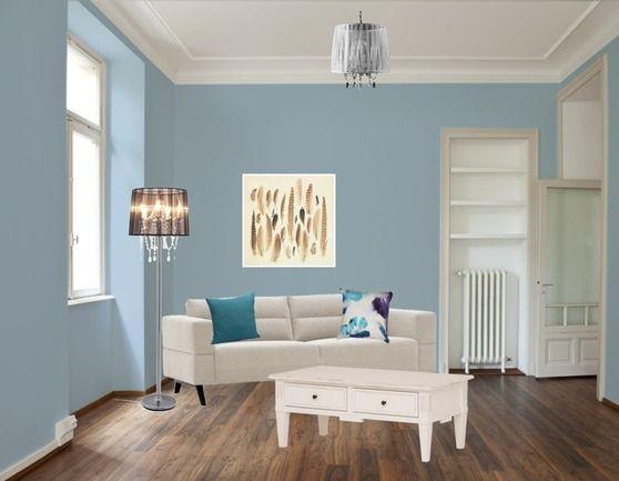 Heb jij een kleine ruimte maar wil je toch graag kleur gebruiken? Ga dan voor lichtblauw. Deze kleur laat jouw kamer optisch groter lijken. Maak het af met een paar mooie witte meubels en jouw plekkie ziet er hartstikke stijlvol uit.