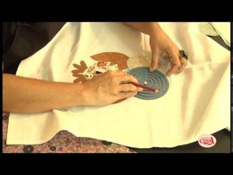 Alciana Rossi a fazer uma coruja com termo colante da decore fix