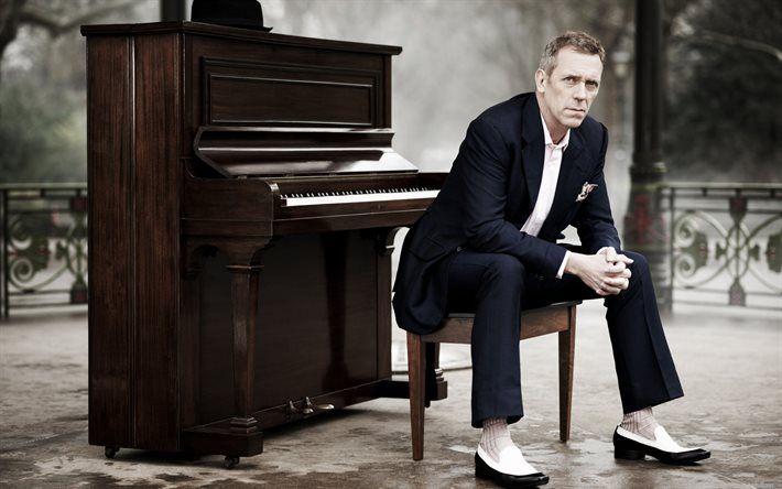 Herunterladen hintergrundbild hugh laurie, britischer schauspieler, mann im anzug, berühmte schauspieler
