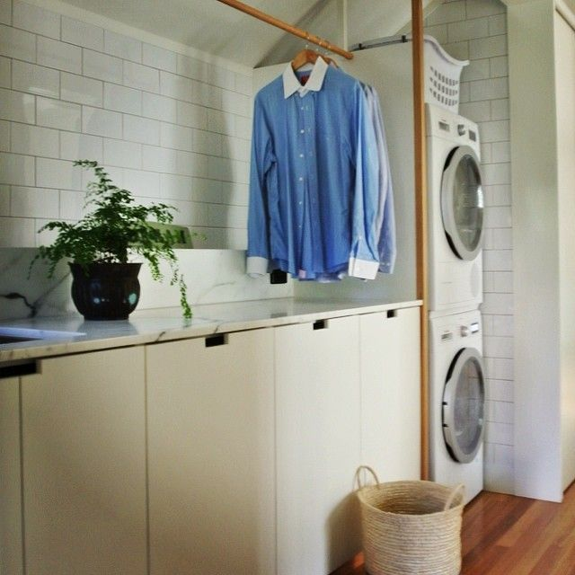 To those of you with front loaders - do you ever start a load of washing then find an item you forgot to throw in? Happens to me ALL the time. Our Bosch WM allows the door to be unlocked even after the cycle has commenced - Brilliant! #westendcottage #laundry #bosch