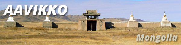 Maailman harvimmin asuttu valtio Mongolia on pitänyt hienosti kiinni perinteistään. Vielä tänäkin päivänä kolmasosa ihmisistä viettää paimentolaiselämää vaihdellen asuinpaikkaansa vuodenaikojen mukaan. Elämä maaseudulla on säilynyt vuosisatoja hämmästyttävän muuttumattomana. Perheet elävät maanläheistä elämää ja asuvat puulämmitteisissä vankkarakenteisissa jurtissaan. Tutustumme 14 päivän kiertomatkallamme tähän muinaiseen suurvaltaan.