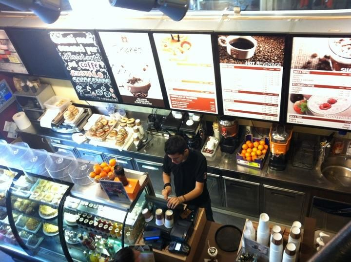 Arnold Coffee - Considered one of the best coffee shops in #Milan, go get your coffee