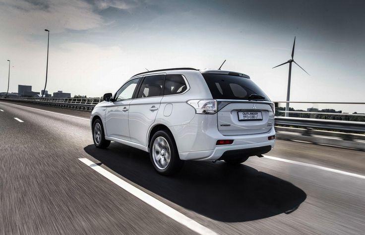 #Mitsubishi #Chile #OutlanderPHEV #PlugInHybrid #SUV #SaleDelCamino // Mitsubishi Outlander PHEV: van 0 naar 10.000 in 4 maanden