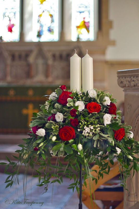 Wedding Flowers Blog: Claire's Red and White Wedding Flowers, Sarisbury Green Church.♥..¸¸.•♥•