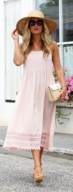 Style Cusp Travel Blush Dress Outfit Idea
