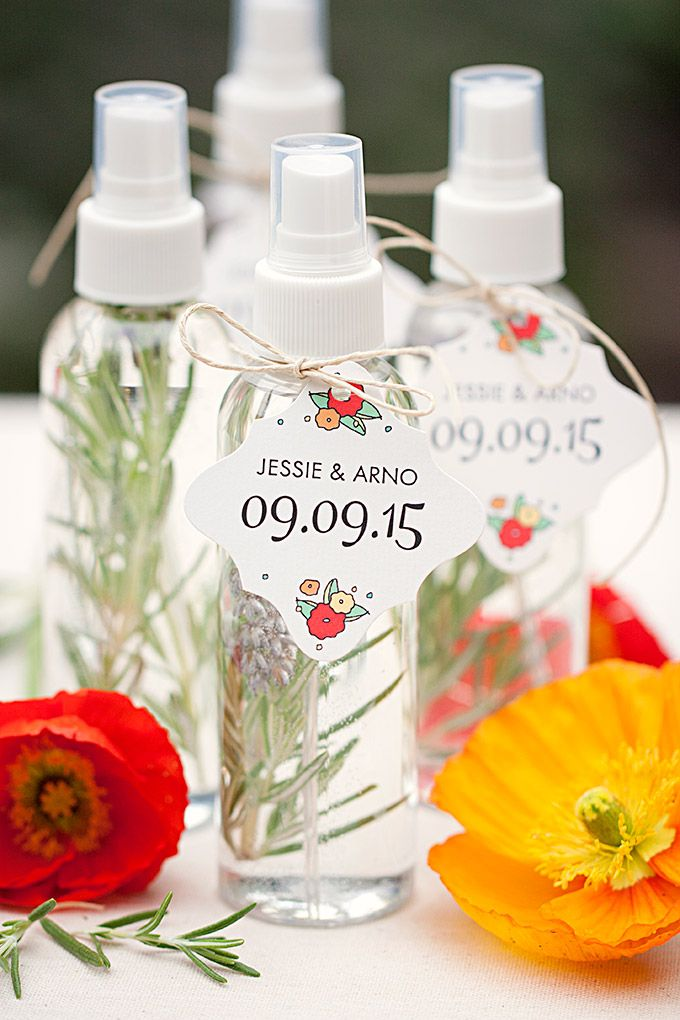 DIY Wedding Favor: Herbal Spray Misters with Personalized Summer Poppy Favor Tags from www.evermine.com