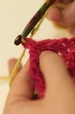 how to make nice neat colour transitions in crochet