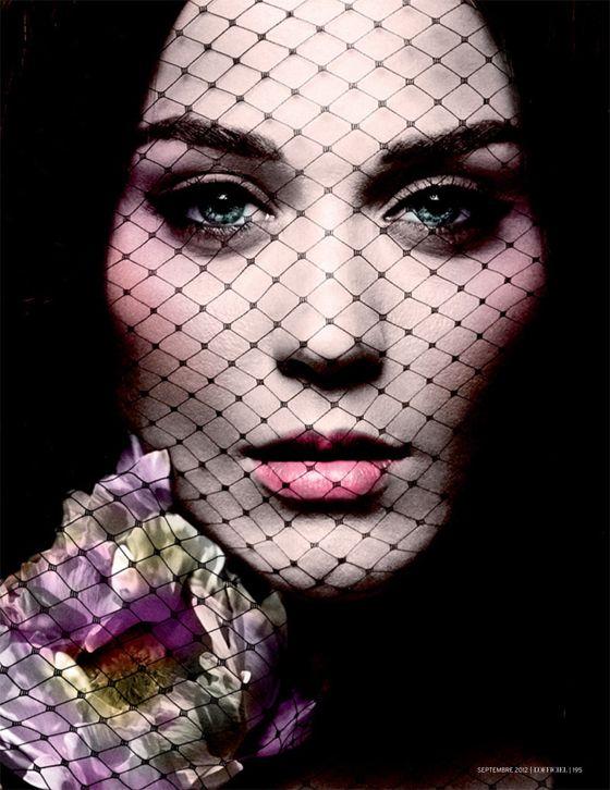 Katy Perry in stile gotico e capelli rosso rame per L'Officiel Paris