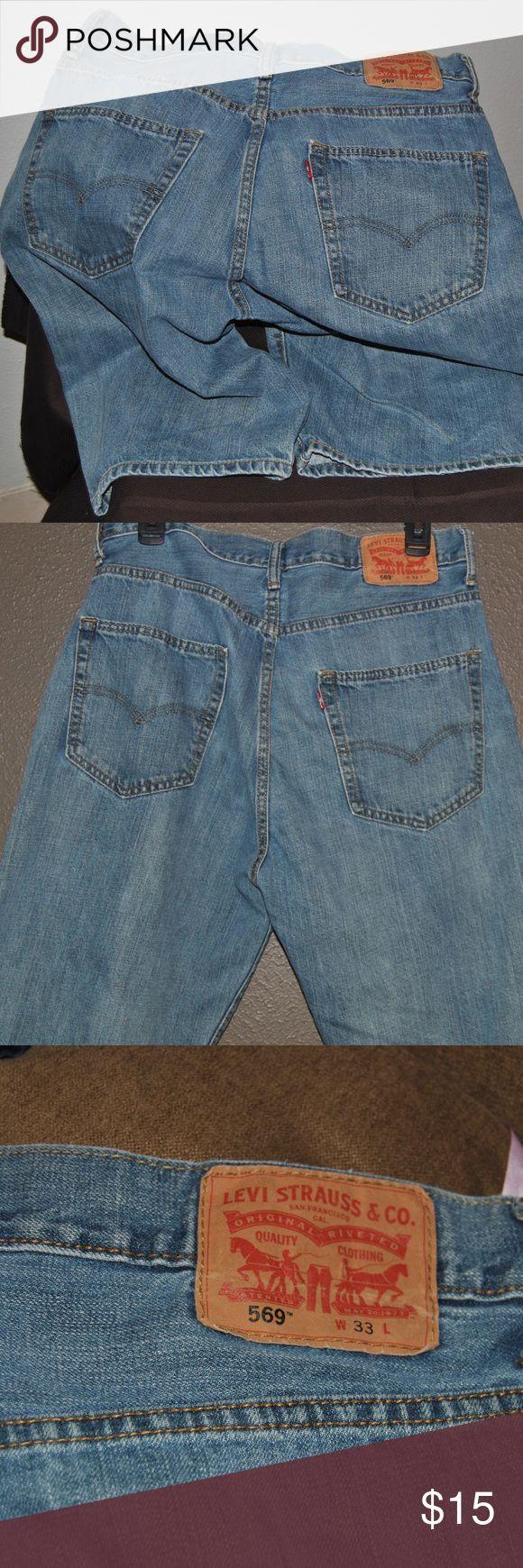 Men's Levi 569 denim shorts Levi 569 Men's denim shorts; regular length; size 33 waist. Levi's Shorts Jean Shorts