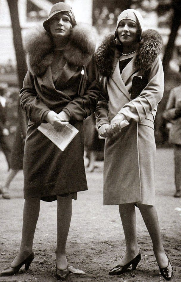 Fashion in Paris, 1928.  vintage everyday: Beautiful Fashion of the 1920s