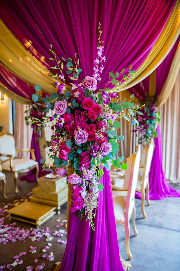 purple and rose wedding decoration | modern-fusion-bengali-wedding-texas-6