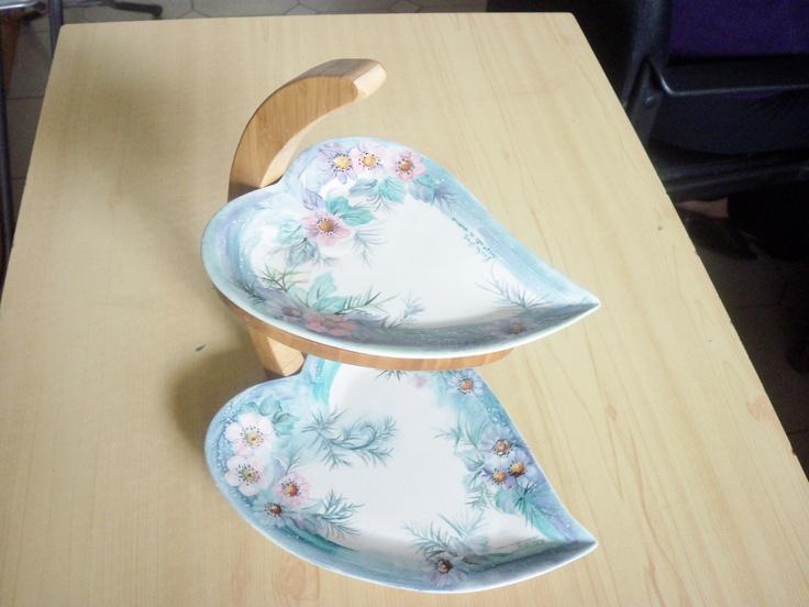 Alzatina di ceramica dipinta a mano