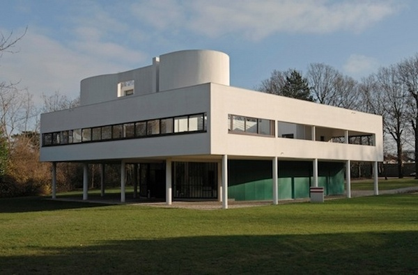 Built from 1928 to 1931 by Charles-Edouard Jeanneret, Le Corbusier, Villa Savoye is a flagship building of the twentieth century that helped redefine