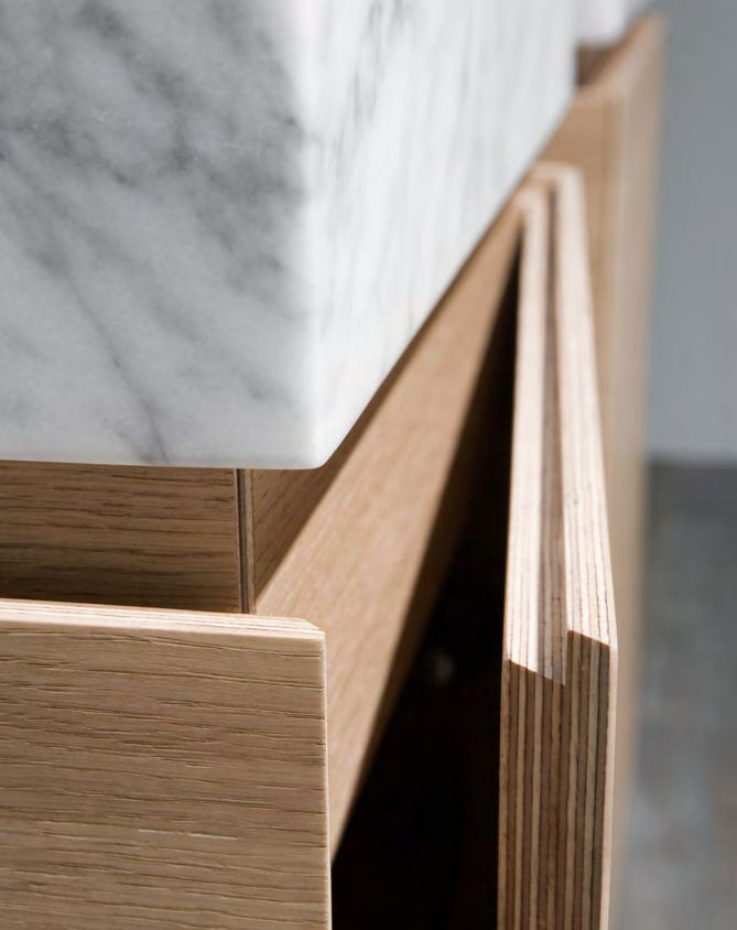 Beautiful hand hold detail to flush finish kitchen doors. www.methodstudio.london