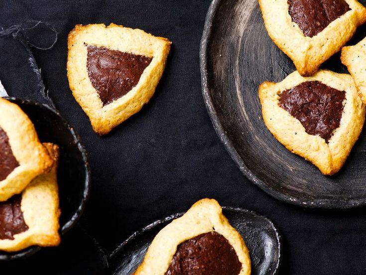 Easy glutenfree hamantaschen with almond flour